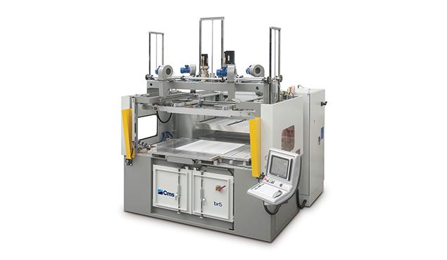 A képen a termék, egy CMS BR5 - Vákuumformázó gép látható.
