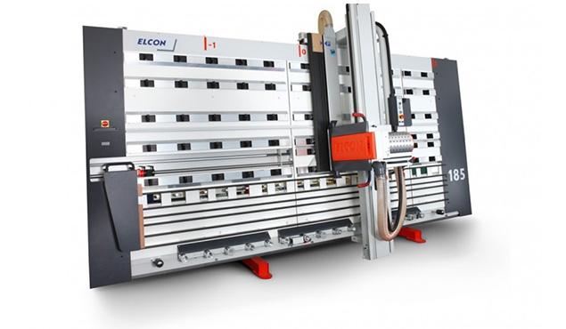 A képen a termék, egy Elcon Plastall DSX 215 függőleges lapszabászgép látható.