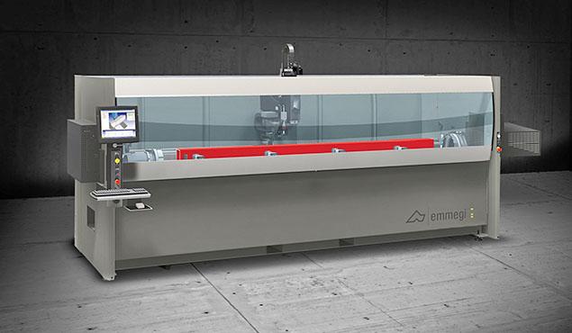 A képen a termék, egy Emmegi Phantomatic T3 STAR CNC megmunkáló központ látható.