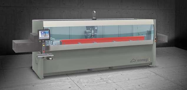 A képen a termék, egy Emmegi Phantomatic T3 A megmunkáló központ látható.
