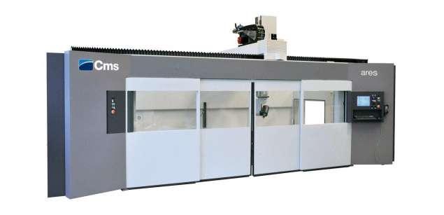 A képen a termék, egy CMS Ares - CNC Megmunkálóközpont látható.