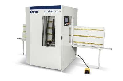 A képen az scm startech cn v típusú cnc fúróközpontja látható.