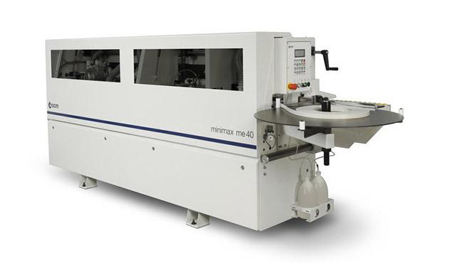 A képen a termék, egy minimax me 40 élzáró gép látható.