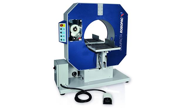 A képen a termék, egy Robopac Compacta fél -és automata működésű csomagológépek látható.