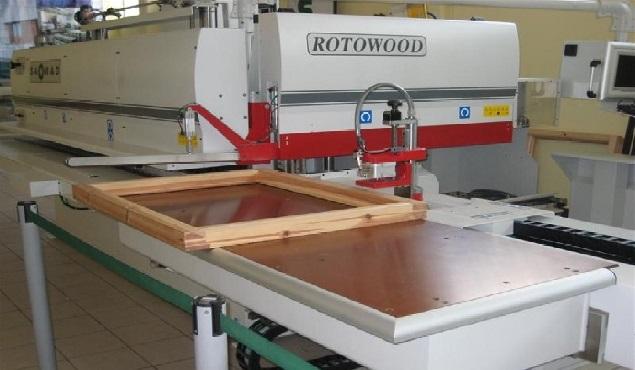 A képen a termék, egy Saomad Rotowood 90 látható.