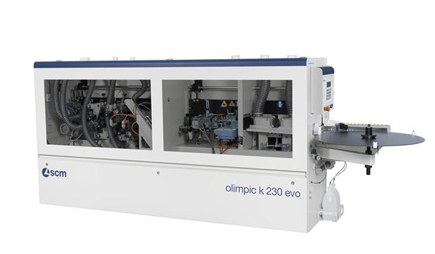 A képen a termék, egy SCM olimpic k 230 élzáró gép látható.
