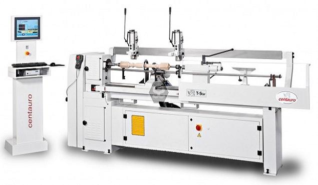 A képen a termék, egy T-Star CNC félautomata eszterga látható.